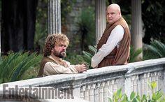 Tyrion e Varys em cena da 5ª temporada