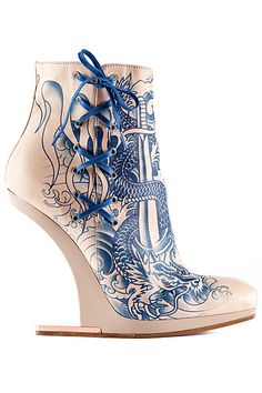 Jean Paul Gaultier - Accessories - 2012 Spring-Summer. One word... Awesome! ~ Anna The Brave