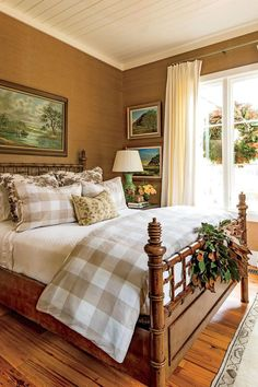 "The Bedroom - This Cottage is 2000 Square Feet of Holiday Cheer - Southernliving. Don't Over-look Private Quarters Excess greenery and flower trimmings get put to work as spirited accents in Farmer's baths and guest rooms. ""I like to have fresh flowers and garden greens decorating the bedside tables,"" he says. Here, he used a small bunch of magnolia that's tied in the center with a simple burlap ribbon and then wired carefully to the footboard of his custom-made faux-bamboo bedframe."