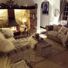 How to Plan a Cosy Living Room? - Latest Articles How to Plan a Cosy Living Room? Cosy Living Room Warm, Cosy Room, Living Room With Fireplace, Cottage Fireplace, Cosy Living Room Decor, Cottage Living Rooms, My Living Room, Apartment Living, Living Area