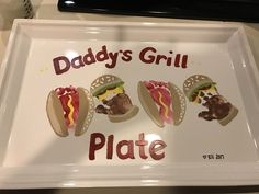 Fathers Day grill plate- day gifts ideas from kids Diy Father's Day Crafts, Dad Crafts, Father's Day Diy, Daycare Crafts, Toddler Crafts, Homemade Fathers Day Gifts, Diy Gifts For Dad, Grandpa Gifts, Homemade Gifts