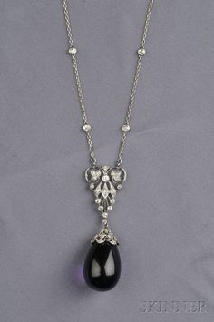 Jewelry Diamond : Art Deco Platinum, Amethyst, and Diamond Pendant, composed of delicate trace-lin. - Buy Me Diamond Art Deco Jewelry, I Love Jewelry, Fine Jewelry, Jewelry Design, Art Deco Necklace, Antique Jewelry, Vintage Jewelry, Antique Necklace, Ring Armband