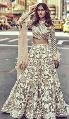 New Ideas For Indian Bridal Party Outfits Lehenga Choli Lehenga Designs, Indian Attire, Indian Ethnic Wear, Indian Style, Pakistani Dresses, Indian Dresses, Chic Outfits, Fashion Outfits, Trendy Fashion