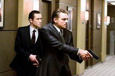 Dom Cobb (Leonardo DiCaprio) je zkušený zloděj, absolutní špička v nebezpečném umění extrakce: krádeže cenných tajemství z hloubi podvědomí během snění, kdy je mysl nejzranitelnější. Cobbova vzácná schopnost z něj učinila vyhledávaného hráče v…