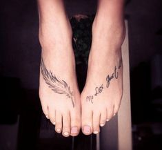 feather tattoos | 40 Mind-Blowing Feather Tattoos | CreativeFan....nice feather....