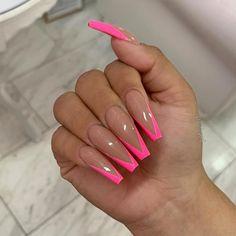 Semi-permanent varnish, false nails, patches: which manicure to choose? - My Nails Summer Acrylic Nails, Best Acrylic Nails, Acrylic Nail Designs, Acrylic Tips, Aycrlic Nails, Swag Nails, Hair And Nails, Pink Tip Nails, Nails Inc