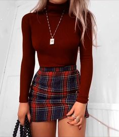 Cute School Outfits With Plaid Mini Skirt ★ Cute casual back to school outfits for teens, highschool and for college, to make your first day of school unforgettable! ★ Amazing 42 Delicate Summer Outfits Ideas To Wear Now Stylish Winter Outfits, Cute Casual Outfits, Girly Outfits, Spring Outfits, Classy Outfits For Teens, Party Outfit Casual, Casual Hair, Teenage Outfits, Autumn Outfits