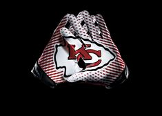 KANSAS CITY CHIEFS these new gloves of the nfl are so sick!!!!!