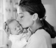 Audrey Hepburn Forever - Audrey with her son Sean in 1960.