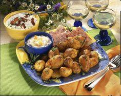 Unser beliebtes Rezept für Geschmorte Weißwein Kartoffeln und mehr als 55.000 weitere kostenlose Rezepte auf LECKER.de.