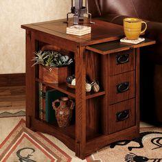 Mission Oak Magazine Table Craftsman Style Furniture, Mission Style Furniture, Woodworking Furniture, Wood Furniture, Furniture Design, Luxury Furniture, Diy End Tables, Side Tables, Magazine Table