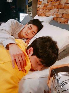 #Nu'est#JR#Aron Nuest Kpop, Nu'est Jr, Cute Asian Guys, Nu Est, Pledis Entertainment, Jonghyun, Aesthetic Pictures, K Idols, Beautiful Boys