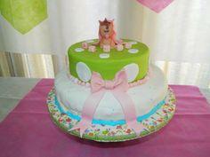Baby Shower Cake para mi ahijada Abril #babyshower #cake #babygirl Baby Shower Cakes, Babyshower, Birthday Cake, Desserts, Food, Food Cakes, Cakes Baby Showers, Tailgate Desserts, Deserts