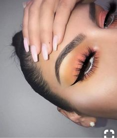 Pinterest: tkmaignan for more inspiration eye makeup, spring look, summer vibes