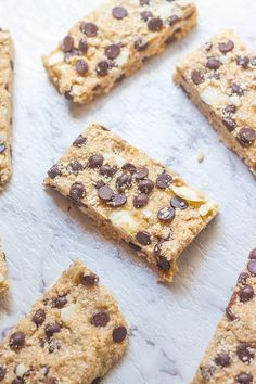 3 Ingredient No Bake Protein Bars- These healthy no bake protein bars need just 3 ingredients and less than 5 minutes and are vegan, gluten and dairy free