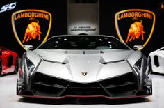 The 'Mad' Lamborghini Veneno
