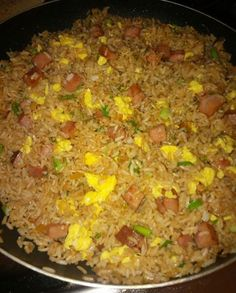 Arroz Chino Boricua (Puerto Rican Fried Rice) Chinese restaurants are very popular in Puerto Rico. Most of them have adapted many Puerto Rican dishes into their menu, creating a unique and exciting fusion cuisine. Boricua Recipes, Comida Boricua, Mexican Food Recipes, Ethnic Recipes, Puerto Rican Dishes, Puerto Rican Cuisine, Puerto Rican Recipes Rice, Dominican Food Recipes, Goya Recipes Puerto Rico