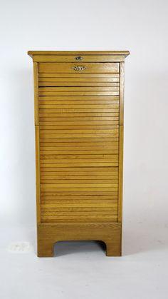 Stunning Biedermeier Vitrine um aus Kirschholz Biedermeier Furniture Cabinet s restored Biedermeier M bel Pinterest
