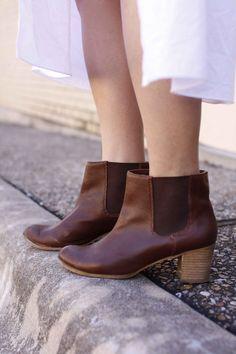 myclosetlife.com Fall Booties, Chelsea Boots, Booty, Shirt Dress, Shoes, Fashion, Moda, Swag, Zapatos