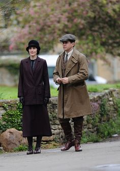 'Downton Abbey' Series 5: Cast Including Hugh Bonneville, Michelle Dockery Spotted Filming New Episodes (PICTURES)