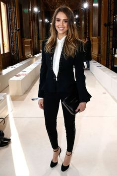 Jessica alba black and white. miami university career center · business professional attire for women Fashion Mode, Work Fashion, Fashion Outfits, Paris Fashion, Chic Outfits, Fashion Ideas, 50 Fashion, White Fashion, Tomboy Formal Outfits