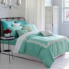Living House 100% Tencel 4pc Duvet Cover Set, 100% Natural Tencel Fabric, 600 Thread Count Percale, Elegant Lace Design, Full Queen Size (Emerald Tercel Embordiered , Full) Living House https://www.amazon.ca/dp/B01D5S7MZ4/ref=cm_sw_r_pi_dp_04o7wbQ7FERRR