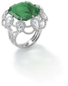 Colombian Emerald And Pave-Set Diamonnd Bezel, Set With Pear Shaped Rose Cut Diamond Accents