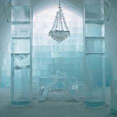 Das einzigartige ICEHOTEl im schwedischen Jukkasjärvi, etwa 200 Kilometer nördlich des Polarkreises.
