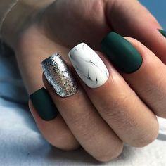 33 Glitter Gel Nail Designs For Short Nails For Spring 2019 Glitter Gel Nail Designs For Short Nails For Spring 2019 - gel-nails-spring Glitter Gel Nails, Silver Nails, White Nails, Fun Nails, Matte Green Nails, Dark Nails With Glitter, Acrylic Nails, Green Nail Art, Glitter French Manicure
