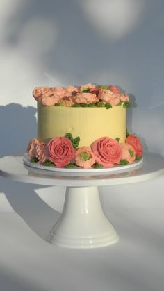 'Pride & Joy Cakes' - Chocolate Cake with Vanilla Buttercream Ranunculus, Celosia and English Roses https://www.facebook.com/341359299279171/photos/pcb.830737473674682/830737247008038/?type=3&theater