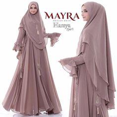 Carousell - Snap to List, Chat to Buy Muslimah Wedding Dress, Hijab Style Dress, Modest Fashion Hijab, Modern Hijab Fashion, Muslim Women Fashion, Casual Hijab Outfit, Islamic Fashion, Abaya Fashion, Moda Hijab