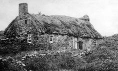 Tour Scotland Photographs: Old Photograph Thatched Cottage Dalry Scotland