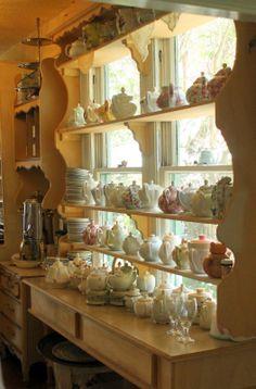 Tea pots at The Garden Gate tea room Dora, Fl. Via- Aiken House & Gardens Vintage Tea Rooms, Cosy Home, Teapots And Cups, Teacups, Cuppa Tea, My Cup Of Tea, Shabby Chic Decor, Shabby Chic Cafe, Tea Set