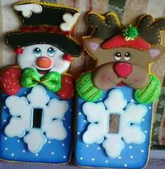 Felt Christmas Decorations, Christmas Crafts, Xmas, Christmas Ornaments, Holiday Decor, Felt Patterns, Foam Crafts, Switch Plates, Light Switch Covers