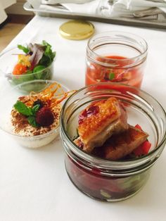 UWAGA SMAKOSZE! U Michela rusza akcja SZCZĘŚLIWA JEDENASTKA:) Wystarczy, że jedna osoba zamówi do Waszego biura 10 zestawów lunchowych, a JEDENASTY zestaw otrzymacie W PREZENCIE!!! Komponujcie swoje pyszne lunche i zamawiajcie do 10:00, na www.mojesloiki.pl/zamow-jedzenie