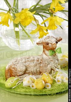 easter lamb cake more easter lamb lamb cakes holiday fun holiday ...