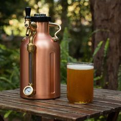 Story  Keep your best brew fresh and on tap — for weeks.  Like all aspiring mixologists, we take our homebrews pretty damn seriously, and at the top of our shortlist is Growlerwerks' original uKeg 64. This mini keg comes in the size of a half-gallon growler and is jam-packed with utility, but here's the punchline: it keeps beer cold and fresh for weeks — at the home bar or on the move.   Includes (10) 8 gram CO2 cartridges, a $12 value Features  Stainless steel construction with coppe...