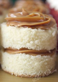 Vanilla Cake and Dulce de Leche filling/frosting, OMG! This picture makes me wanna eat it now!
