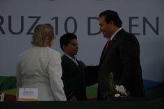 El gobernador Javier Duarte de Ochoa encabezó la ceremonia oficial de retorno a clases de 2 millones 337 mil 280 alumnos.