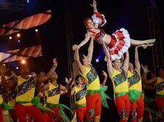 modas de vestidos de carnavales de barranquilla - Buscar con Google
