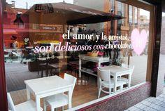 Pastelerías DELI / Una nueva experiencia en sus puntos de venta.  www.aluzian.com