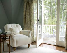 quiero la silla y la casa!!!
