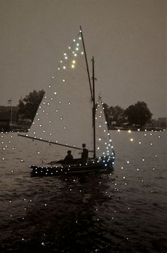 Boat - Lake - Inspiration - Moment - Momento - Inspiração - Barco a vela… Lumiere Photo, Kunst Online, Photocollage, Foto Art, Sail Away, Belle Photo, Pretty Pictures, Pretty Pics, My Dream