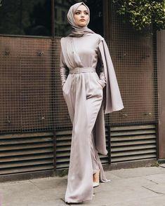 Modest Fashion Hijab, Modesty Fashion, Abaya Fashion, Teen Fashion Outfits, Fashion Dresses, Hijab Dress Party, Hijab Style Dress, Modest Dresses, Satin Dresses