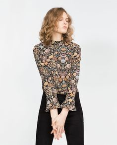 Image 2 of PRINTED BLOUSE from Zara