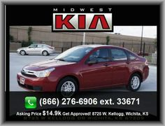 2011 Ford Focus SE Sedan   Two 12V Dc Power Outlets, Door Pockets: Driver And Passenger, Metal-Look Center Console Trim, Front Leg Room: 41.7, Cargo Area Light, Power Steering,