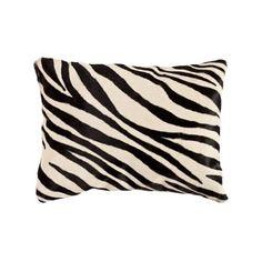 Begonia Pillow (For a POP!) #thingsmatter #zara