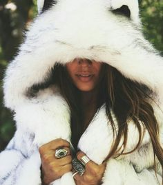 Husky spirit hood