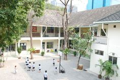 St. Andrews International School - Sathorn Campus, Bangkok | courtyard
