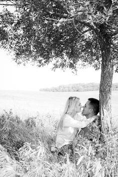 Wedding Photography Ideas : engagement photography |  SarahCardPhotogra